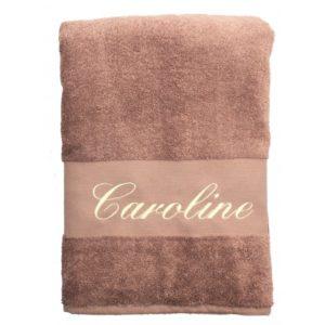 serviette de bain brodee