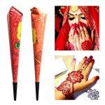 Tatouage au henné traditionnel indienne