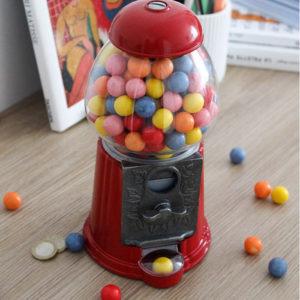Distributeur de bonbons rétro